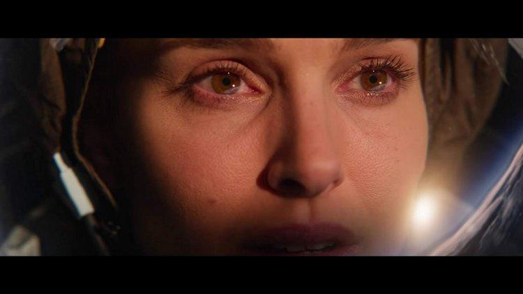 接過瑞絲薇斯朋的角色,娜塔莉波曼在科幻新片《露西上太空》(Lucy in the Sky) 中飾演全球首位女性太空人。