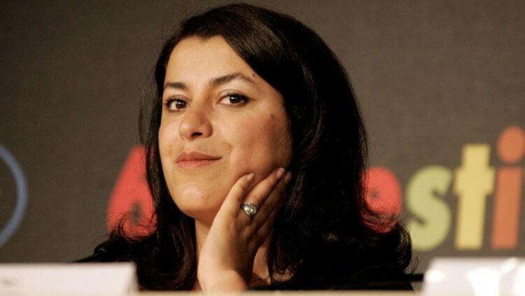 《 愛的放射論 》(Radioactive) 由擅長描繪女性的導演瑪嘉莎塔碧執導。