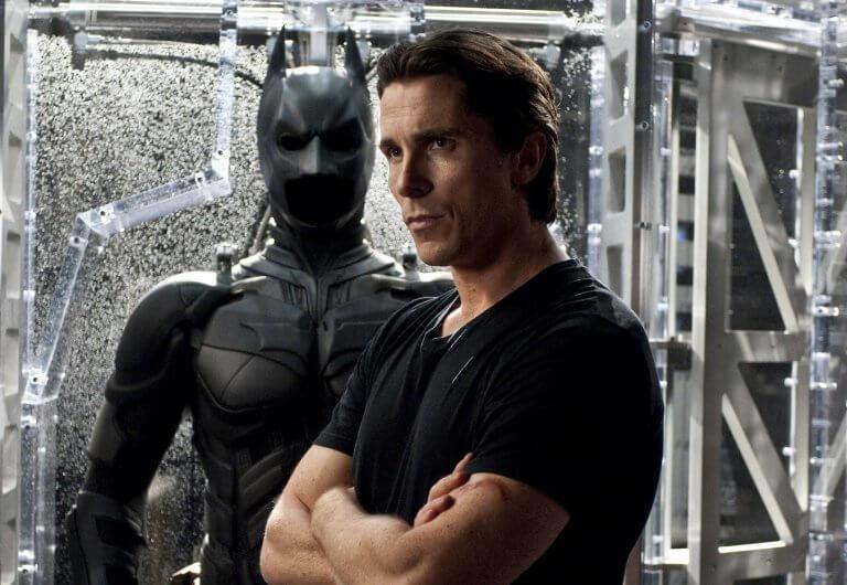 2005 年克里斯汀貝爾接演諾蘭版蝙蝠電影《蝙蝠俠:開戰時刻》時的漢草不凡。
