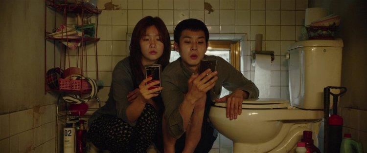 奉俊昊的《寄生上流》榮獲國家評論協會最佳外語片。