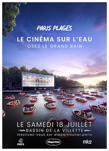 「巴黎沙灘」(Paris-Plages) 活動推出搭遊艇享受露天電影的服務。
