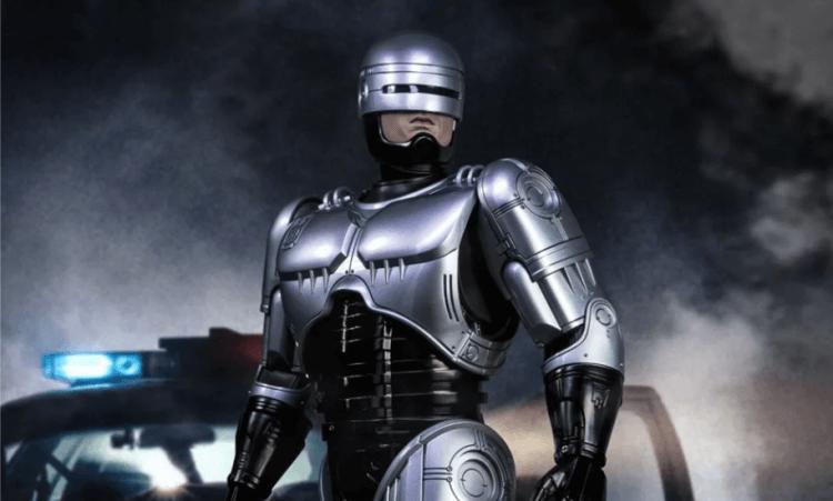 電影《機器戰警》。