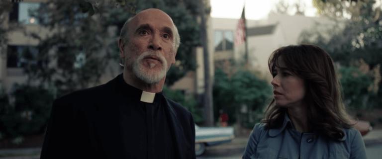 《哭泣的女人》佩雷斯神父 (Father Perez)