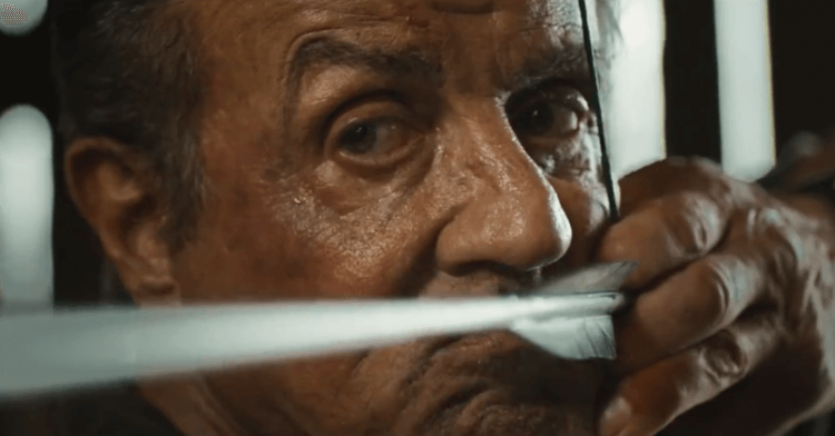 《藍波:最後一滴血》席維斯史特龍的經典角色「藍波」再度拿起弓箭殺敵。