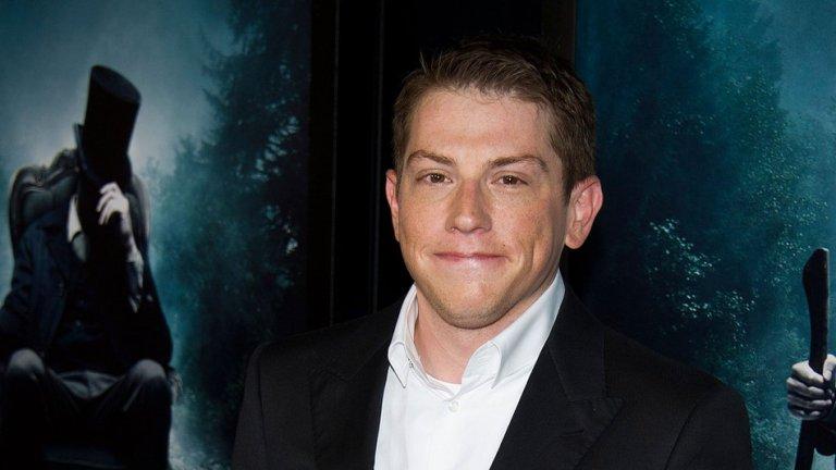 2016 年曾傳出《閃電俠》獨立電影將由賽斯葛拉漢史密斯執導。