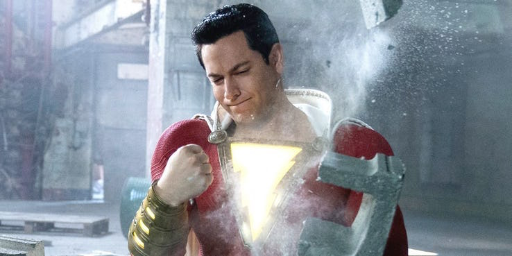 DC 超級英雄電影《沙贊!》中,柴克萊威飾演變身後的大英雄。