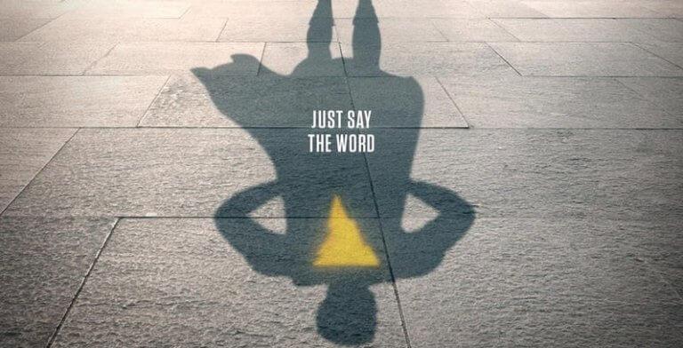 《沙贊!》(Shazam!) 由柴克萊威 (Zachary Levi) 飾演變身後的男主角。