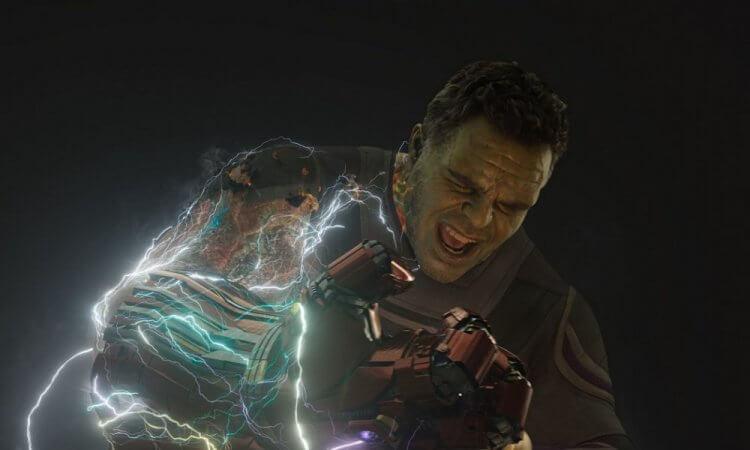 《復仇者聯盟:終局之戰》(Avengers: Endgame) 裡浩克 (Hulk) 彈指救回大家。