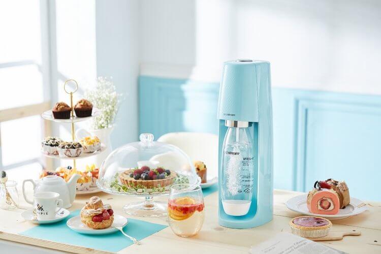 Sodastream 自動扣瓶氣泡水機。
