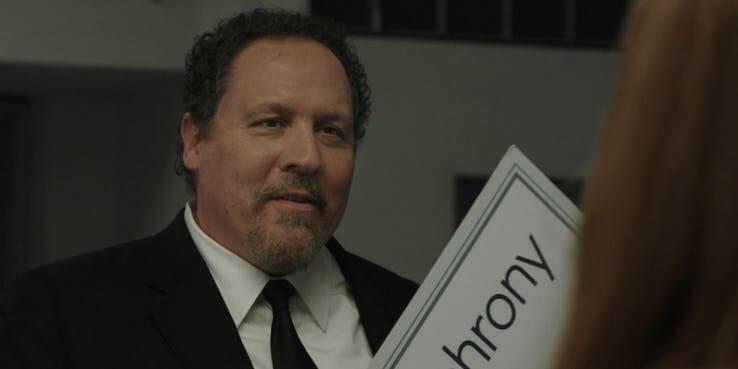 《蜘蛛人:離家日》預告分析:「哈皮」快樂霍根 (Happy Hogan) 迷上了梅嬸 (Aunt May)。