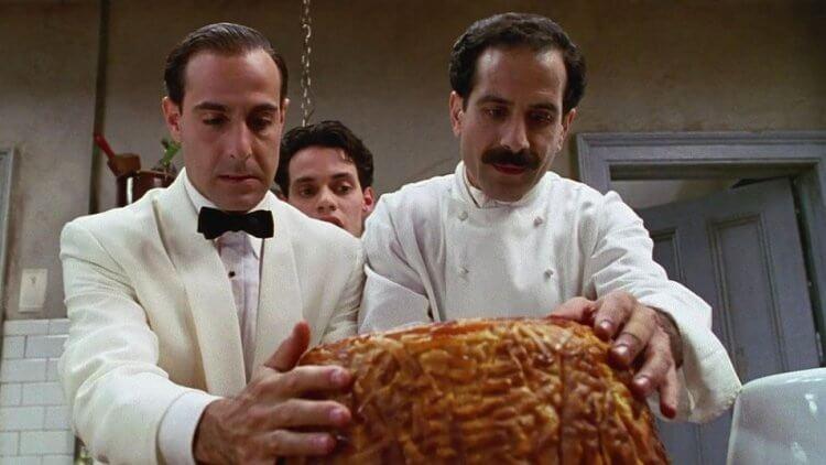 史丹利圖奇電影《狂宴》劇照。