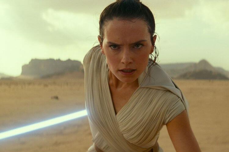 由黛西蕾德莉所主演,星際大戰 9《Star Wars : 天行者的崛起》即將推出。