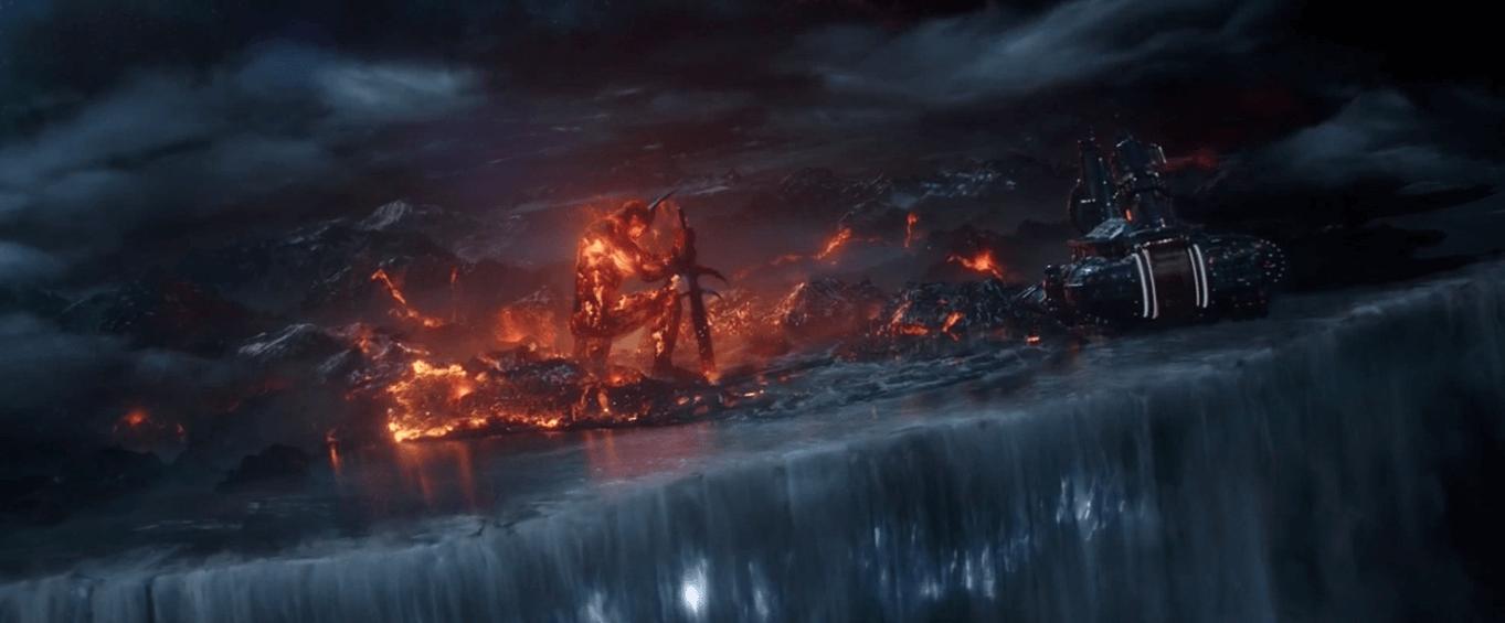 《 雷神索爾 : 諸神黃昏 》原始腳本中,原本應要摧毀的是「 英靈殿 」而非整個「 阿斯嘉 」。