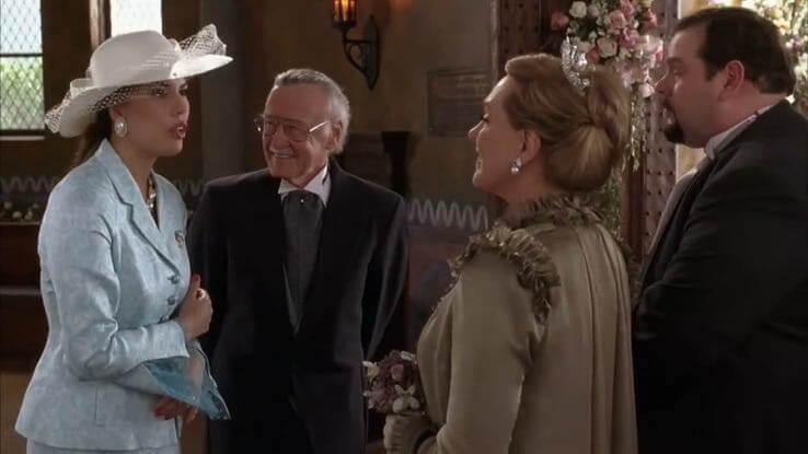 史丹李也曾客串由安海瑟薇主演的青春喜劇電影《麻雀變公主2:皇家有約》。