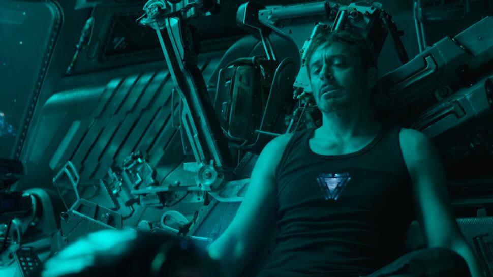 《復仇者聯盟4:ENDGAME》前導預告中,銀河漂流的東尼面臨存亡危機。