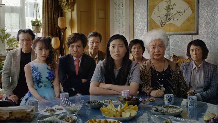 奧卡菲娜主演的《別告訴她》聲勢大熱!王子逸導演:「奶奶其實還不知道……」首圖