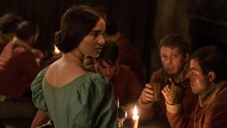 艾琳佛朗西絲 (Aisling Franciosi) 揪心詮釋片中主角「克萊兒」飽受暴力與折磨的心境轉折