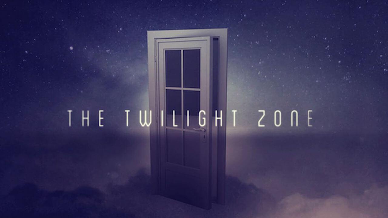 全新重啟版的驚悚影集《陰陽魔界》將由金獎導演喬登皮爾執導,並於今年 4 月起陸續上架播映。
