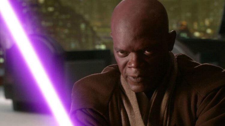 最愛紫色的山繆傑克森,更在《星際大戰》電影中擁有獨一無二的紫色光劍。