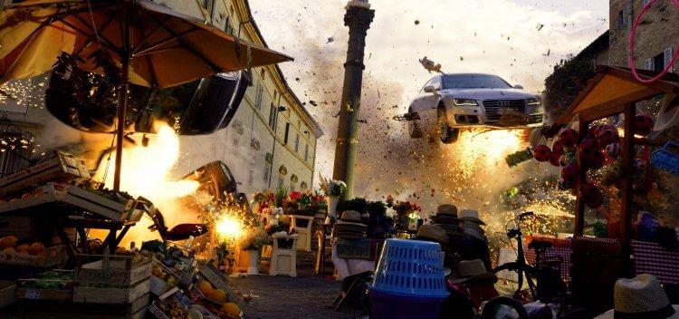 拍過《變形金剛》、《珍珠港》,號稱爆破大師的導演麥可貝執導的《鬼影特攻:以暴制暴》裡,也少不了許多爆炸場面。