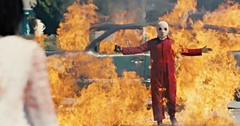 《我們》電影大玩分身哏,想致你於死地的其實是另一個自己!