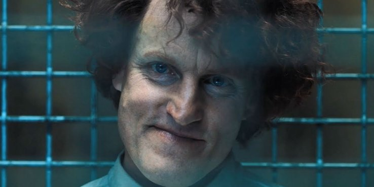 伍迪哈里遜 (Woody Harrelson) 飾演的連續殺人犯-克萊圖斯卡薩伊 (Cletus Kasady)