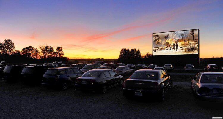 澳洲 Yatala drive-in 汽車電影院。