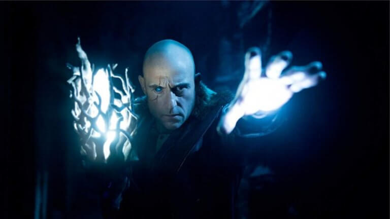 馬克史壯在《沙贊!》中飾演反派:邪惡巫師希瓦納。