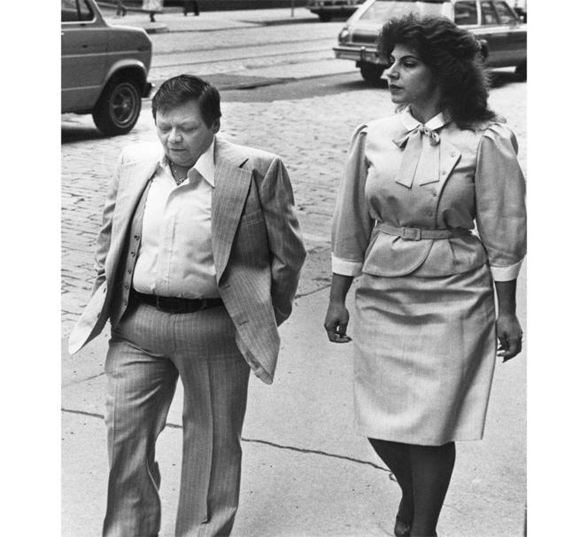 Gill 與伴侶 Cynthia 所留下的合影。