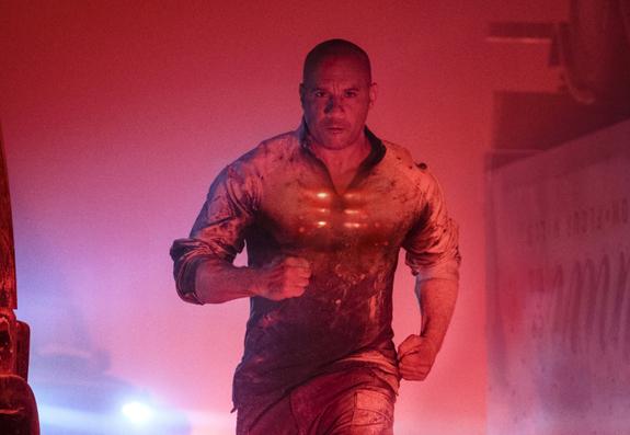 馮迪索主演的超級英雄電影《血衛》。
