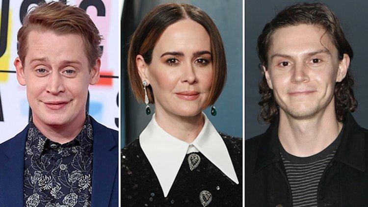 《美國恐怖故事》第十季卡司陣容公開!莎拉保羅森、伊凡彼德斯再次回歸、《小鬼當家》麥考利克金成新血!首圖