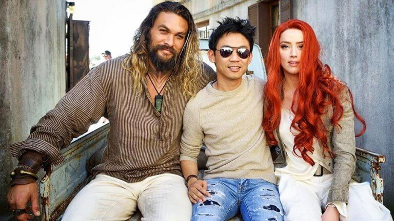 溫子仁導演為什麼推掉《閃電俠》而不是《水行俠》 溫子仁和兩位男女主角:傑森摩莫亞和安柏赫德