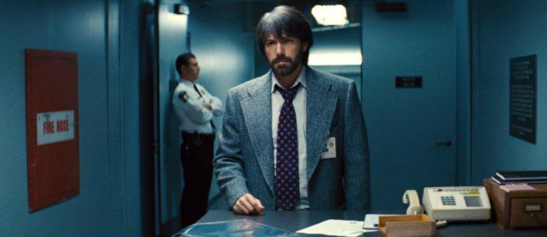 《亞果出任務》(Argo) 由班艾佛列克 (Ben Affleck) 自導自演。