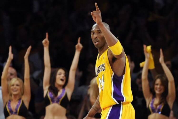 今年因意外驟逝的美國 NBA 球星科比布莱恩特 (Kobe Bryant)。