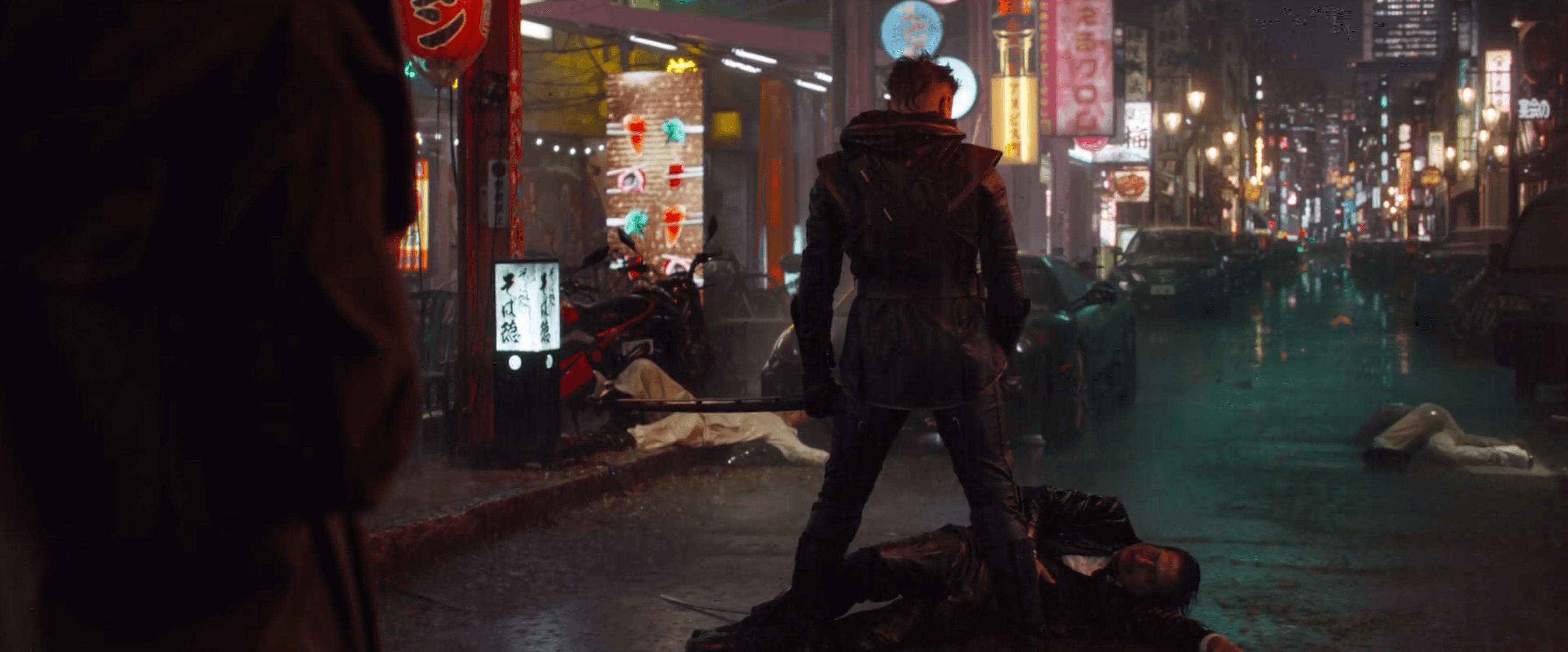 《復仇者聯盟4:Endgame》前導預告中,傑瑞米雷納所飾演的「鷹眼」已化身「浪人」。