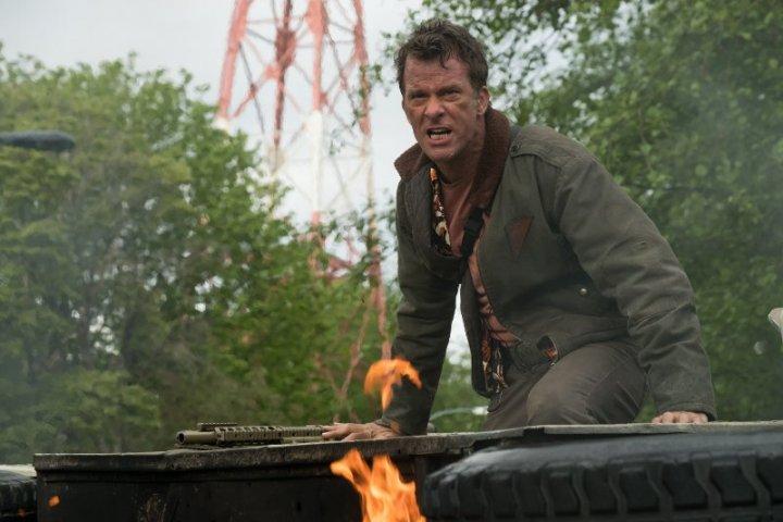 尚恩布萊克 新作《 終極戰士:掠奪者 》: 敗者不死,只是墜落