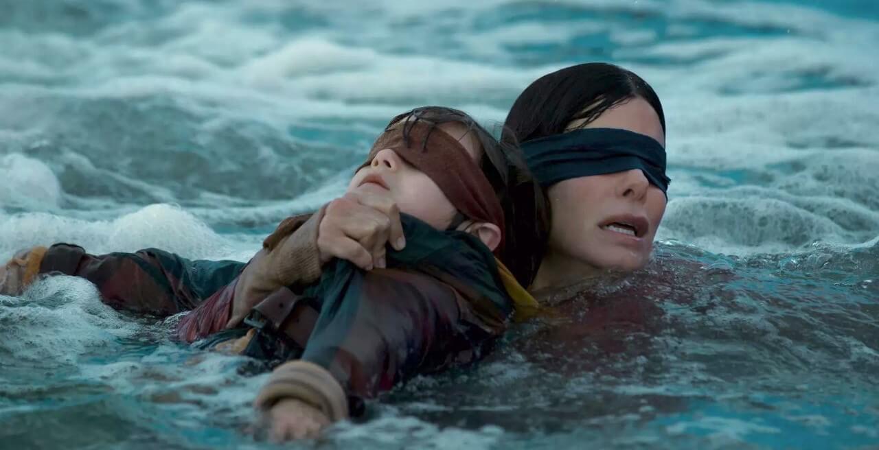 珊卓布拉克在《蒙上你的眼》片中飾演為母則強,在末世生存的堅強女性。