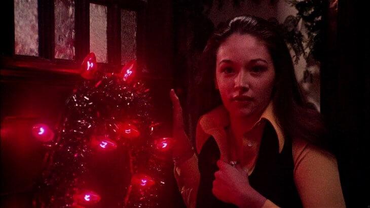 1974 年《女生驚魂記》由奧莉薇荷西 (Olivia Hussey) 主演。