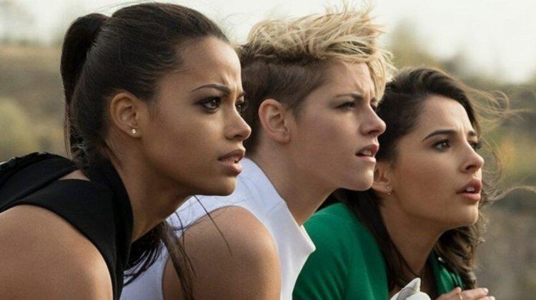 伊莉莎白班克斯導演的全新重啟版《霹靂嬌娃》電影由艾拉巴林斯卡、克莉絲汀史都華以及娜歐蜜史考特主演。