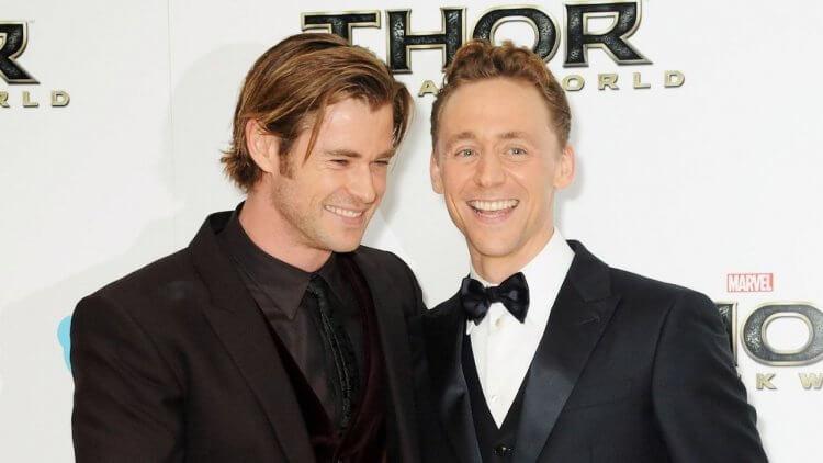 悔不當初!「洛基」湯姆希德斯頓揭露與克里斯漢斯沃一起拍攝《復仇者聯盟》最後悔的一件事首圖