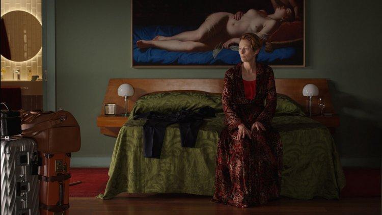 「時尚仙人」蒂妲史雲頓電影《人聲》與奇才導演阿莫多瓦驚世合作,全台限定上映
