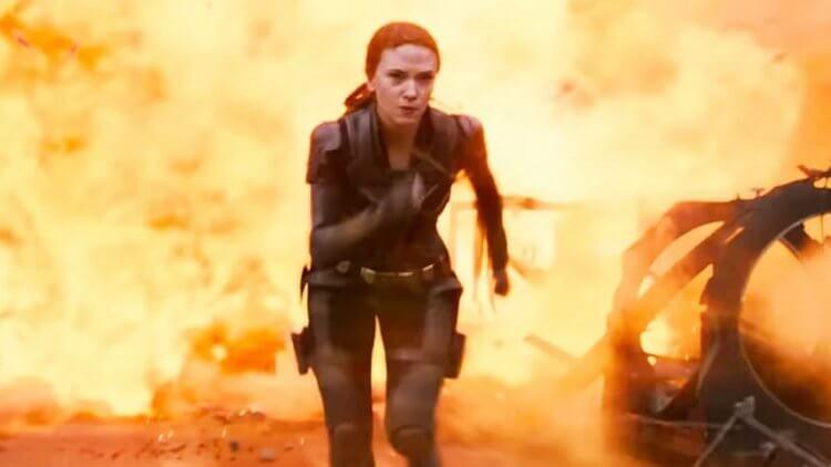 「不再逃離過去。」漫威釋出《黑寡婦》全新一分鐘預告,與家人奮戰反派「模仿大師」首圖