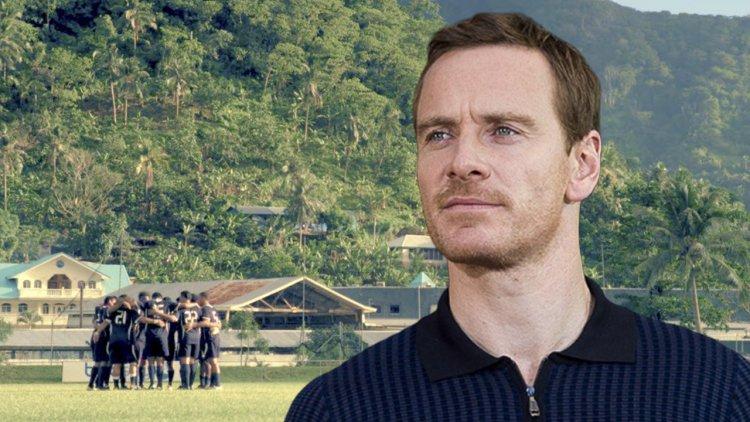 天菜教練報到!塔伊加維迪提足球電影《Next Goal Wins》,鎖定主角為「萬磁王」麥可法斯賓達首圖