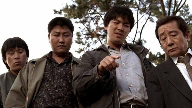 《殺人回憶》、《信號》懸案終於查出凶手──?凶嫌否認犯案,韓警再搬殺手鐧!首圖