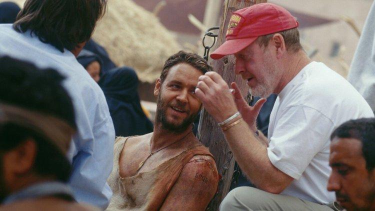 續集籌備中!《神鬼戰士》迎來 20 週年,雷利史考特揭露那些經典對白是怎麼來的?首圖