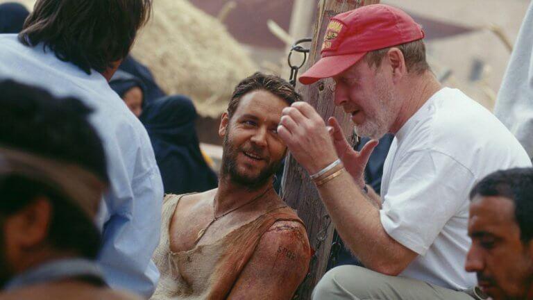 續集籌備中!《神鬼戰士》迎來 20 週年,雷利史考特揭露那些經典對白是怎麼來的?
