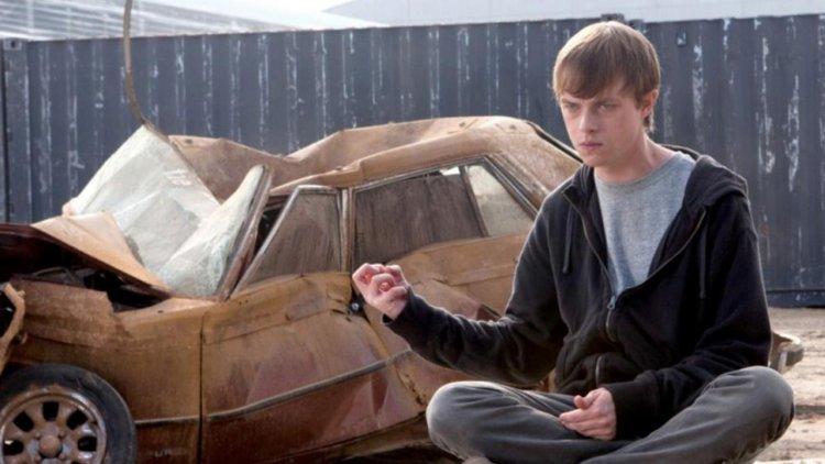 為什麼看不到《超能失控 2》?首集導演喬許特蘭克透露其實是他破壞片商的相關計畫首圖