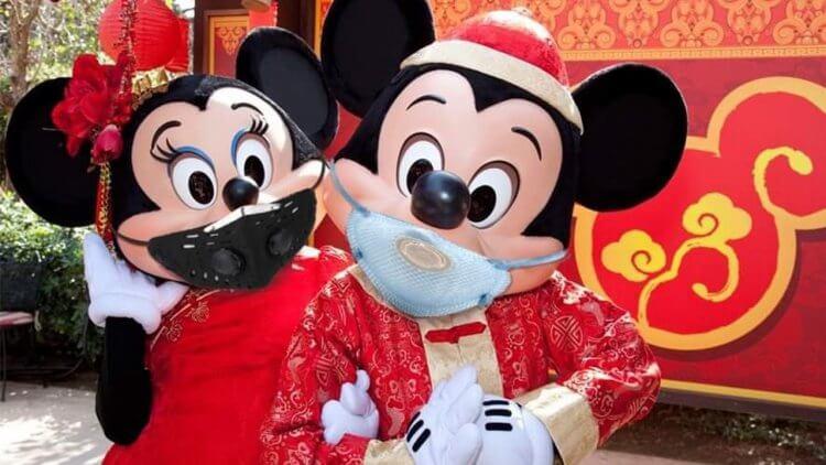 不顧疫情反對!大片全面延後、與電影院手牽手,疫病之年的迪士尼最新發行策略有什麼玄機?首圖