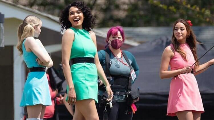 真人版《飛天小女警》試播集打掉重拍!CW 電視網主席坦言成果並不理想:「我們希望在推出前把一切處理到位。」首圖