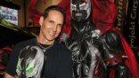 因《小丑》得福!陶德麥法蘭透露《閃靈悍將》將於今年開拍,傑米福克斯、傑瑞米雷納有望參與電影?